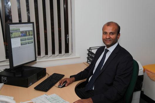 Nikesh Thiruchelvam urology expert